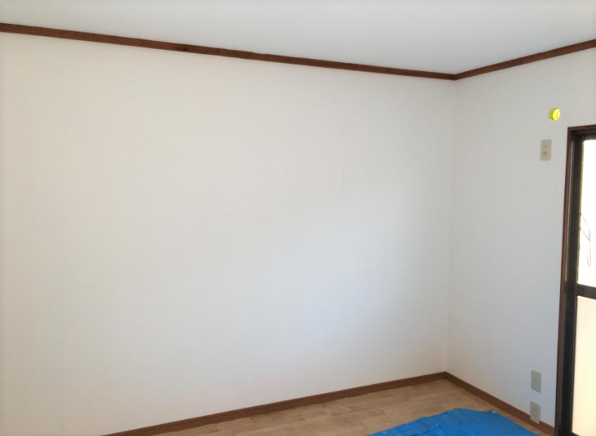 202-wall-200106-2
