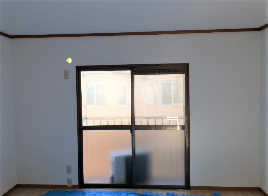 202-wall-200106-3