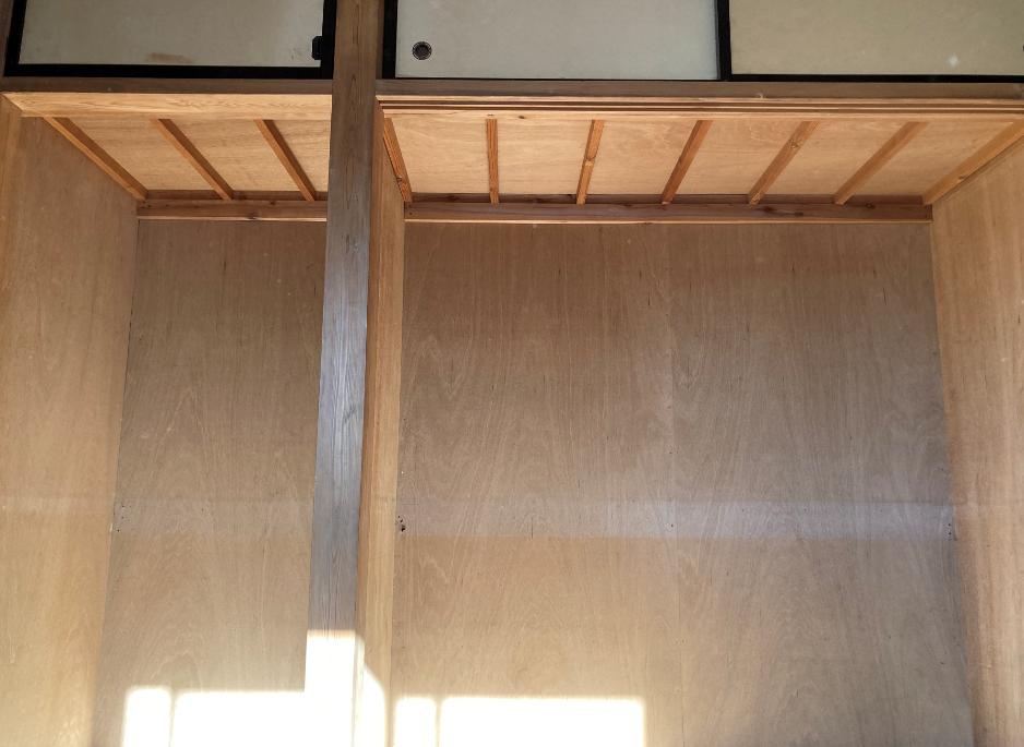 Closet ceiling201123-2