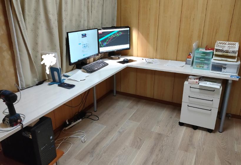 L-desk_200429-16