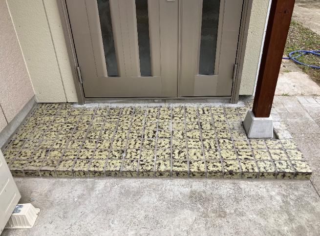 entrance-tile200922-1