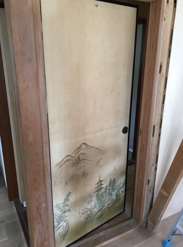 wa-door190925-1